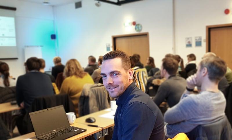 Jan Erik Domaas på frokostseminar